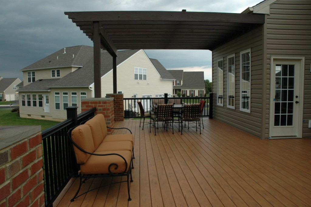 composite decking on an outdoor living room