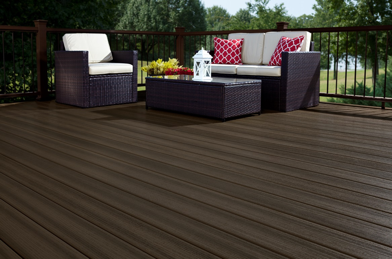 Pvc decking a wood alternative decking product fiberon for Alternative to decking