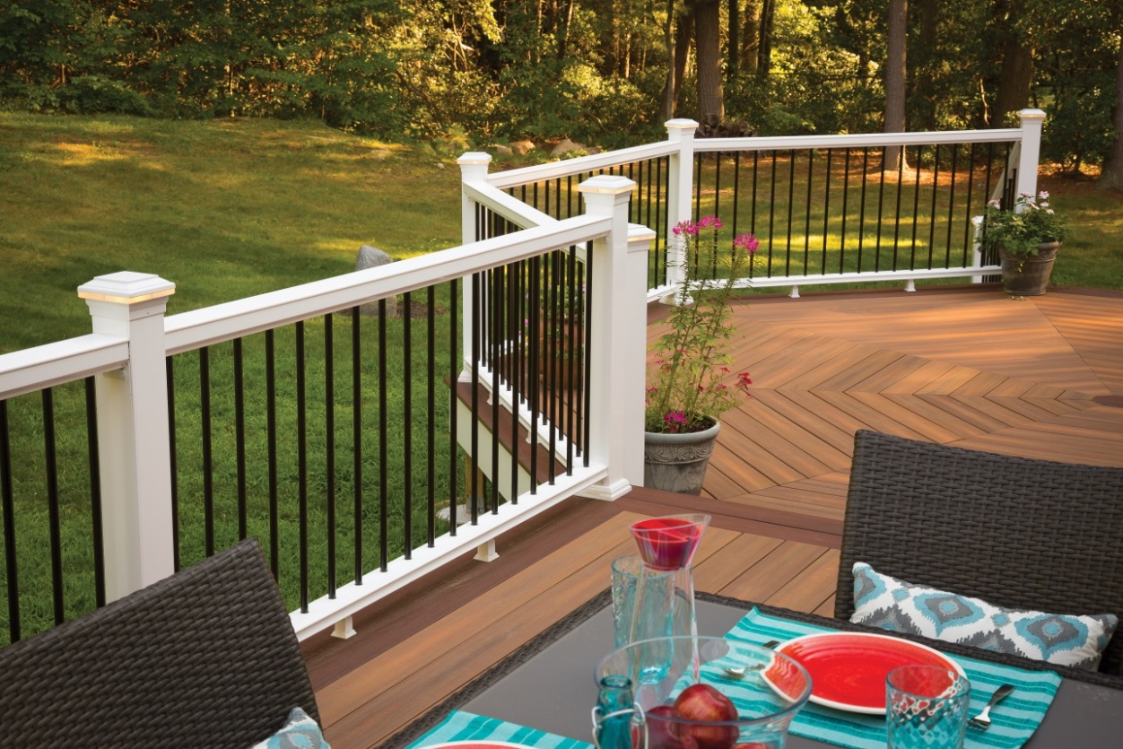 Your top 3 deck railing questions answered deck talk for Horizon composite decking