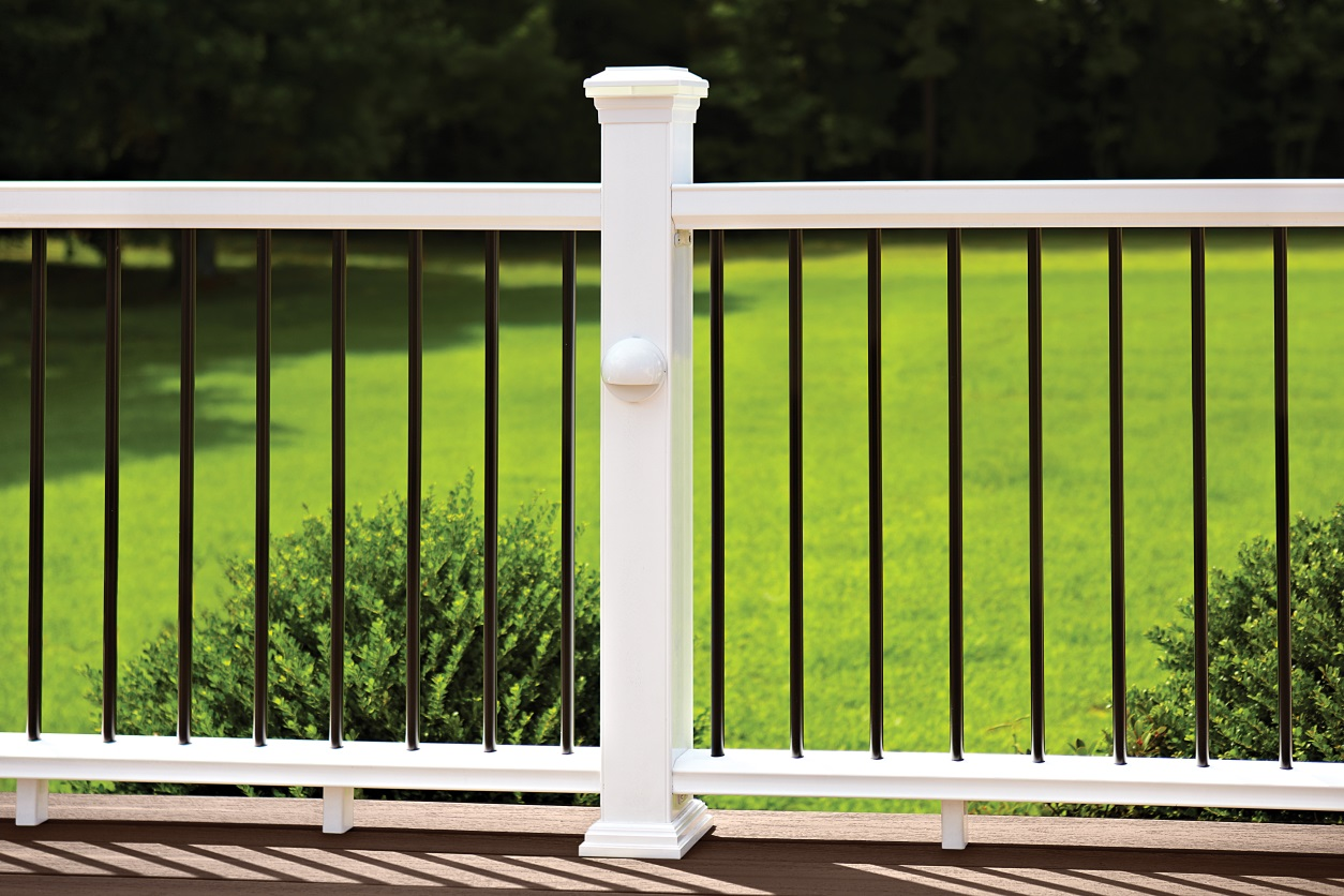 Your Top 3 Deck Railing Questions, Answered!